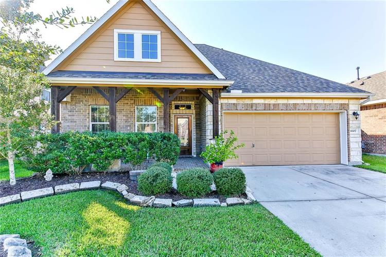 8307 Hampton Bay Drive, Baytown, TX 77523