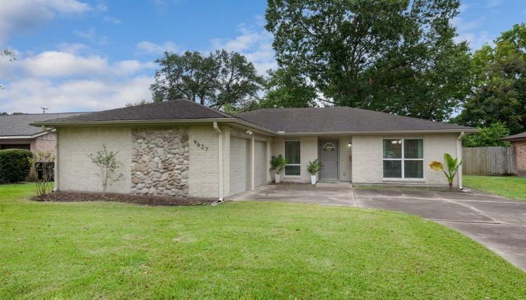 9627 Pagewood Lane, Houston, TX 77063 - Image 1