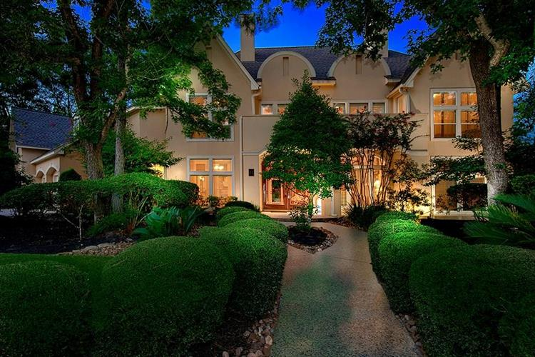 34 Stone Springs Circle, The Woodlands, TX 77381
