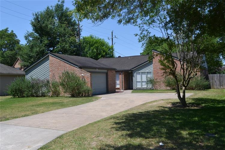 12011 Holly Stone Drive, Houston, TX 77070