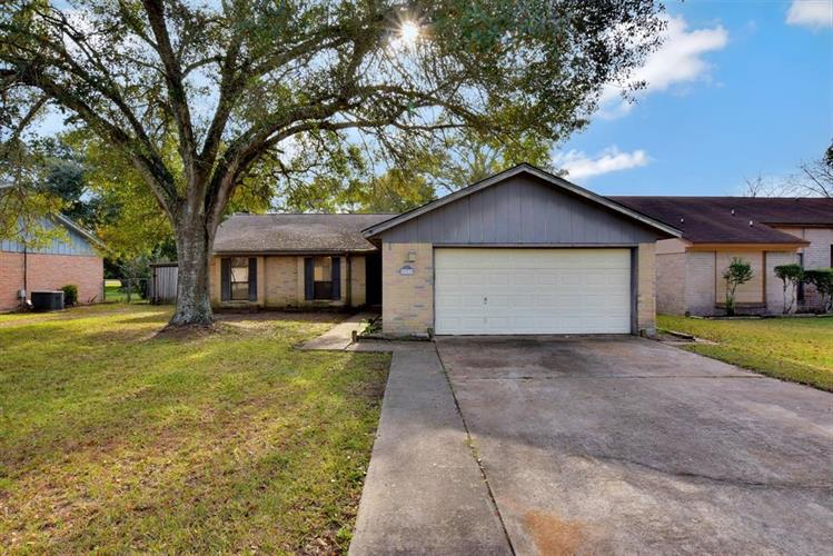 31719 Ironwood Drive, Waller, TX 77484 - Image 1