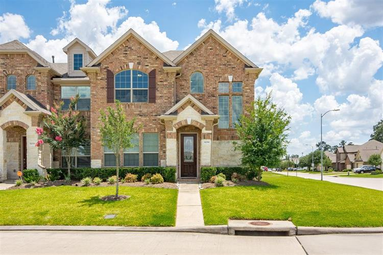 9259 Monarch Mist Lane, Houston, TX 77070