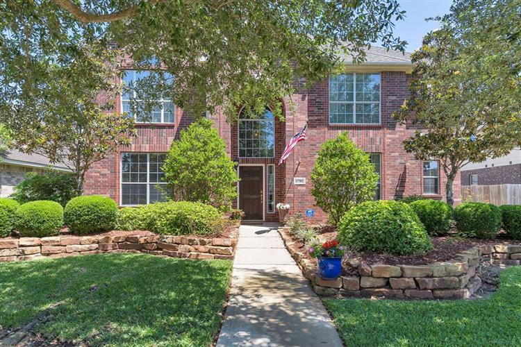 17702 Lakes Of Pine Forest Drive, Houston, TX 77084