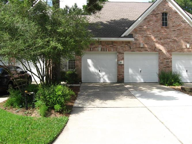 26 N Spiral Vine Circle, The Woodlands, TX 77381