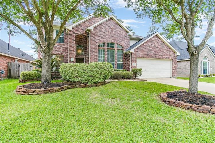 13123 Oakwood Manor Drive, Cypress, TX 77429