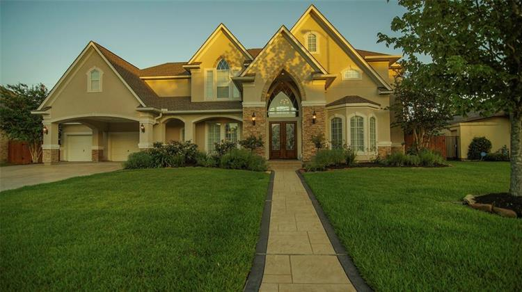 13914 Winding Springs Drive, Cypress, TX 77429