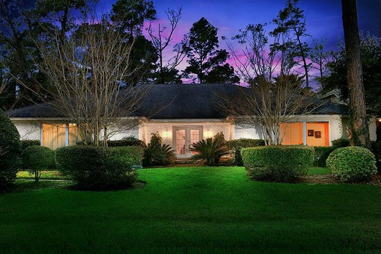9 Box Turtle Lane, The Woodlands, TX 77380