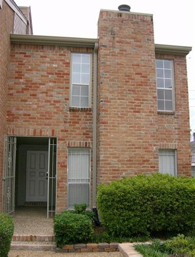 5961 Woodway Place Court, Houston, TX 77057