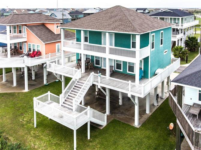 2636 Whitecap, Crystal Beach, TX 77650