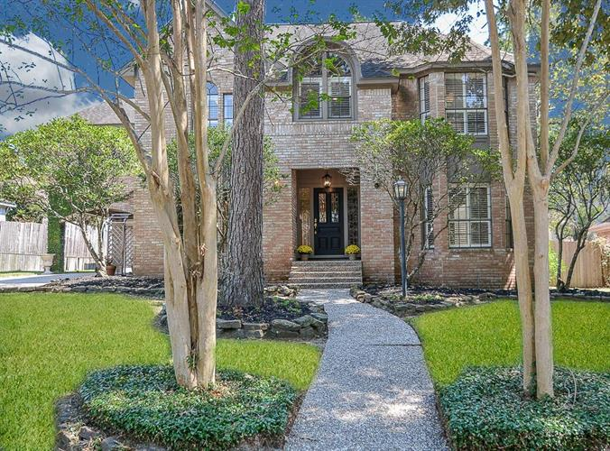 2718 Crystal Falls Drive, Houston, TX 77345