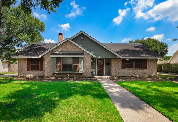 7806 Clarewood Drive, Houston, TX 77036 - Image 1