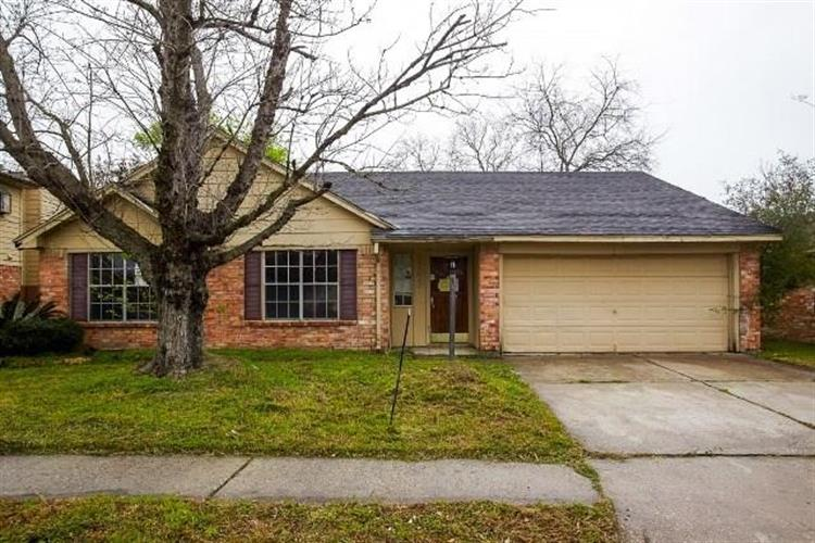 3243 Bolton Gardens Drive, Houston, TX 77066