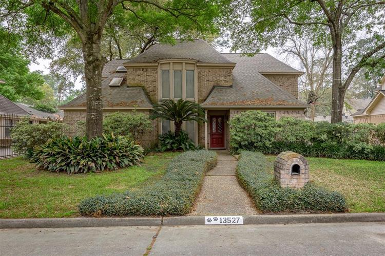 13527 Fawcett Drive, Houston, TX 77069 - Image 1