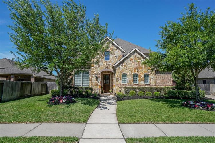 9011 Lilac Springs, Houston, TX 77095