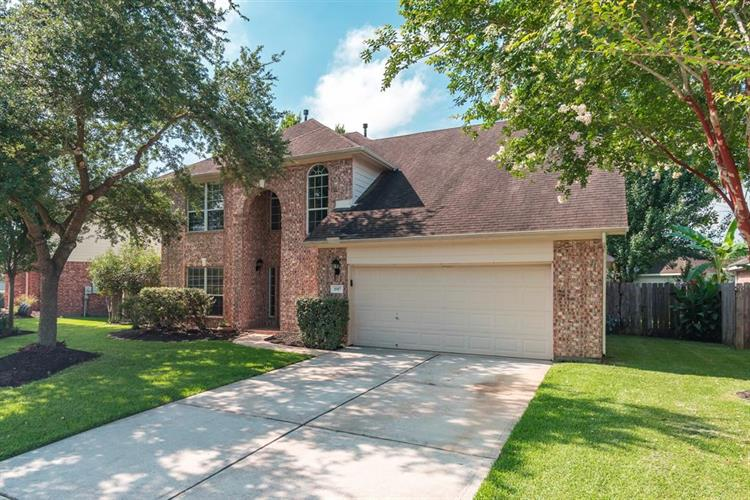 1087 Elizabeth Lane, League City, TX 77573