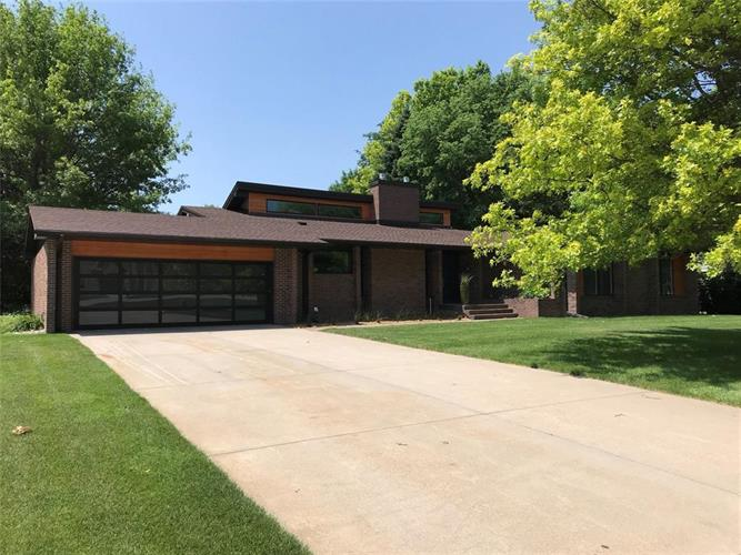 1540 Highland Drive, Hastings, NE 68901