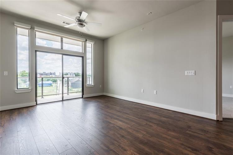 919 Gillette Street, Houston, TX 77019 - Image 1