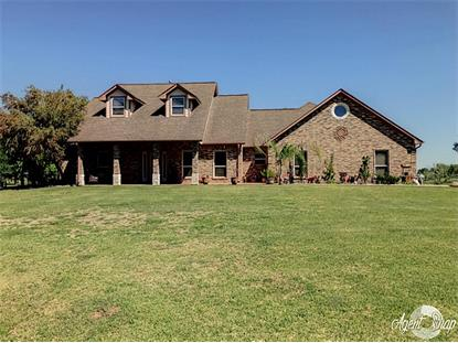 1922 Oakwood Drive, Lake Jackson, TX