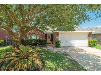 32214 Decker Oaks Drive, Pinehurst, TX
