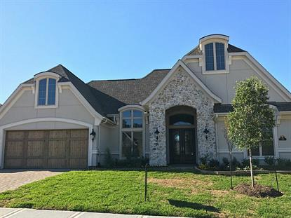 70 Oak Estates Drive, Conroe, TX