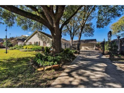 606 Briar Hill Drive Houston, TX MLS# 63619222
