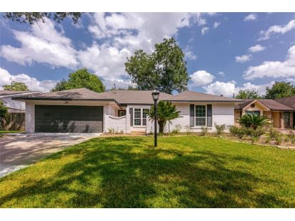 10723 Braewick Drive Houston, TX MLS# 65752117