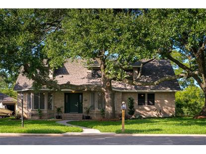 15431 Wandering Trail Friendswood, TX MLS# 71950764