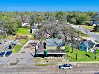 6865 Lawndale Street Houston, TX MLS# 72302929
