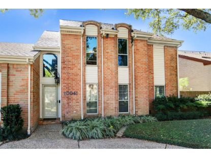 10041 Kemp Forest Drive Houston, TX MLS# 76049369