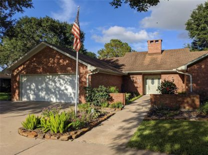 1704 Live Oak Lane El Campo, TX MLS# 83304231
