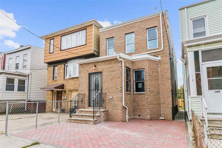107 BOYD AVE, Jersey City, NJ 07304