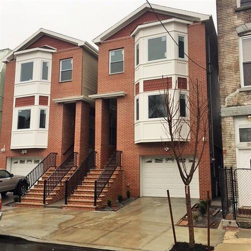 284 WHITON ST, Jersey City, NJ 07304