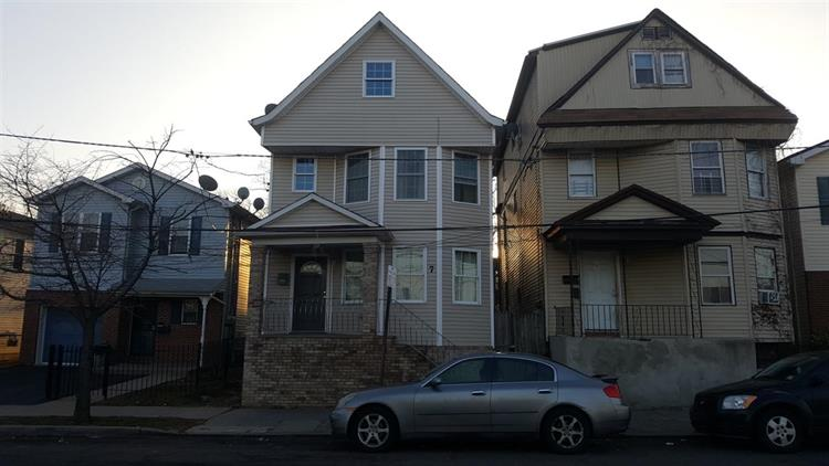 7 WINANS AVE, Newark, NJ 07108