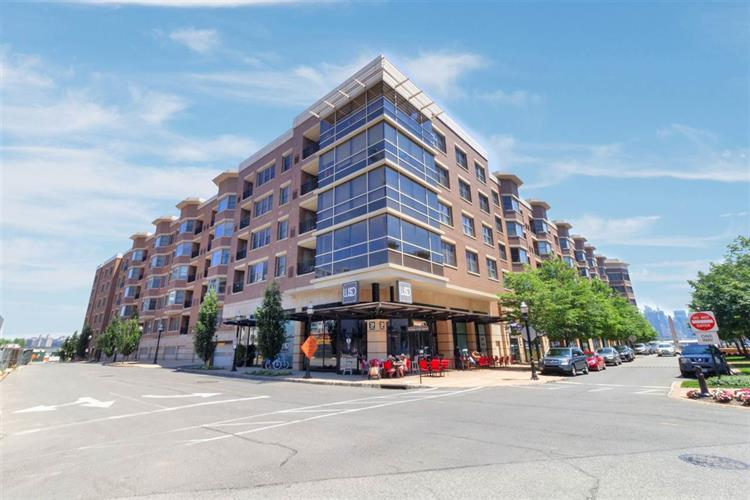 20 AVENUE AT PORT IMPERIAL, Unit 303, West New York, NJ 07093