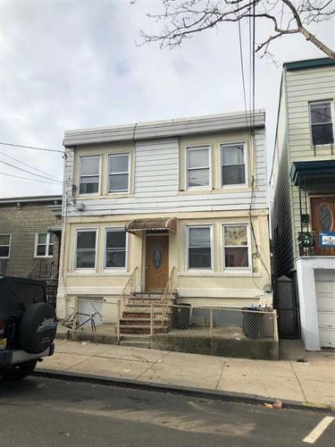 57 BEACH ST, Jersey City, NJ 07307