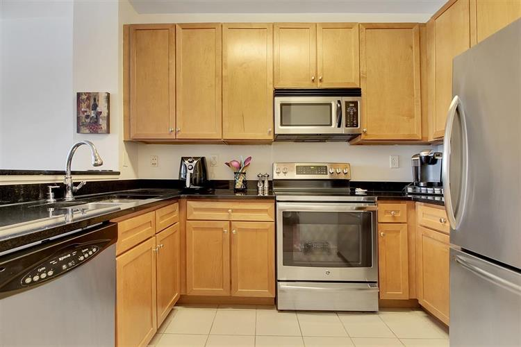 26 AVENUE AT PORT IMPERIAL, Unit 107, West New York, NJ 07093