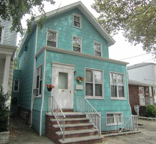 25 DODGE ST, Bayonne, NJ 07002