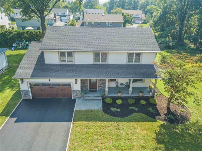 71 DANIELS DR, Clifton, NJ 07013