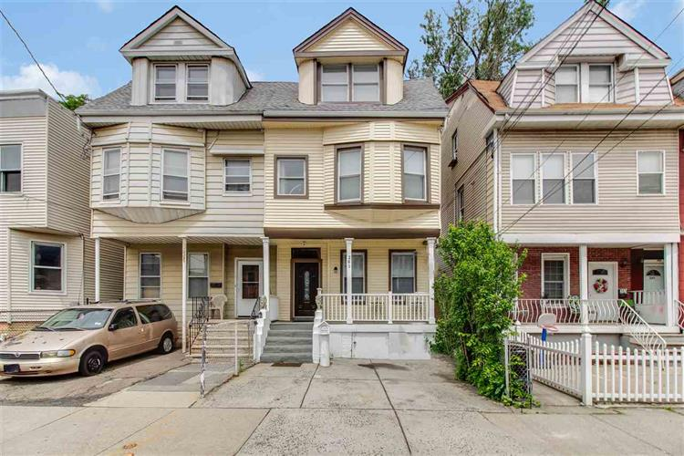 261 ARLINGTON AVE, Jersey City, NJ 07305