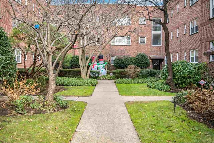 40 GLENWOOD AVE, Unit 1N, Jersey City, NJ 07306 - Image 1
