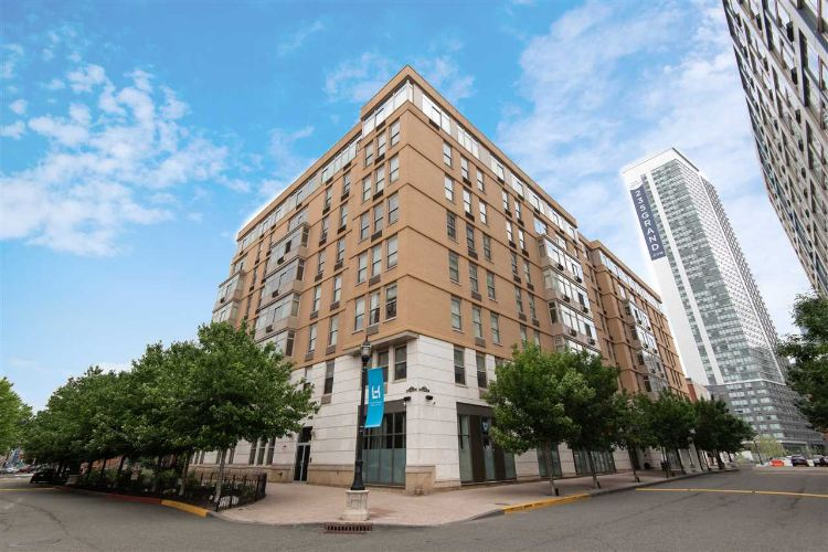 10 REGENT ST, Unit 813, Jersey City, NJ 07302 - Image 1