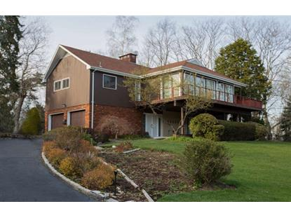 811 GOLF PL Oradell, NJ MLS# 160015725