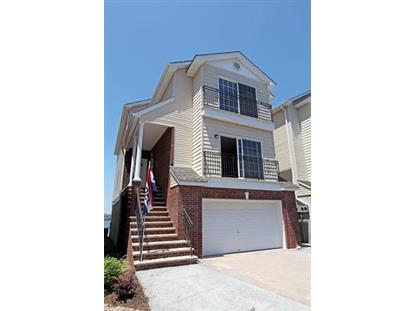 4 ROSE CT, Bayonne, NJ