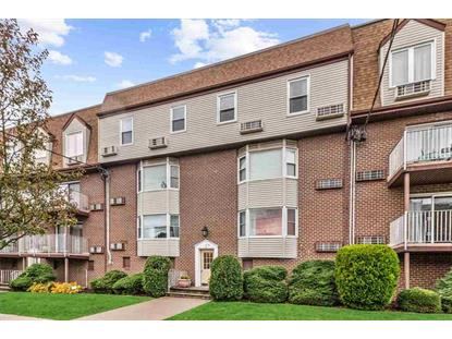 19 ZABRISKIE AVE, Unit 4C Bayonne, NJ MLS# 180021204