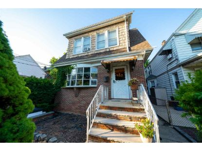 47 WEST 39TH ST Bayonne, NJ MLS# 202024221