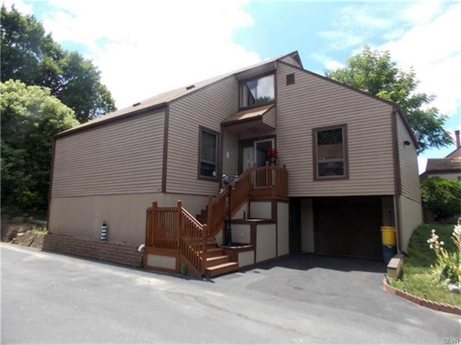 2806 Westgate, Forks Twp, PA 18040