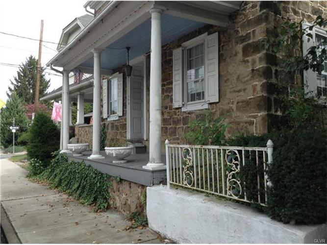 173 Main Street, Hellertown, PA 18055