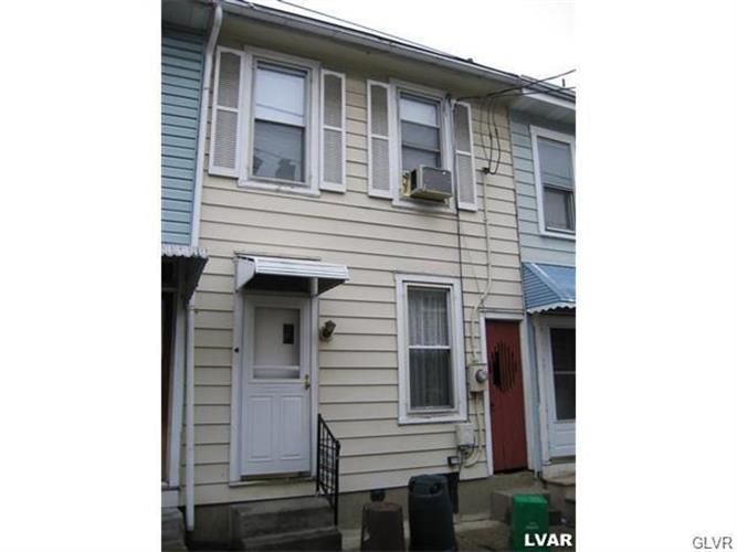 1133 Oak Street, Allentown, PA 18102