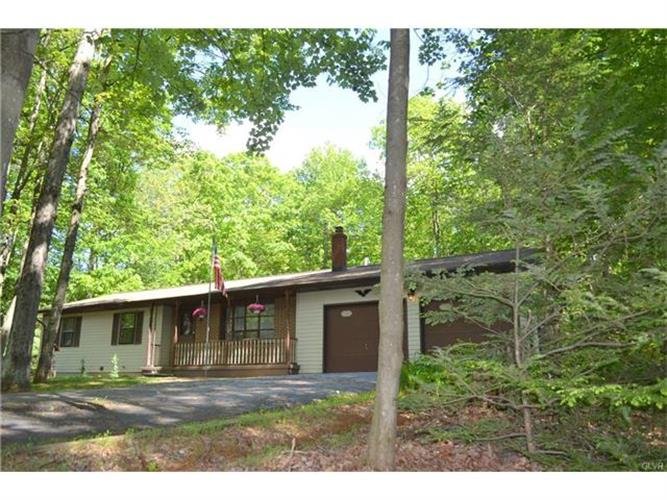 126 Timber Lane, Chestnuthill Twp, PA 18353