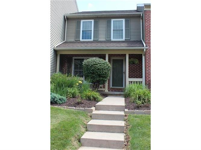 549 Ponds Edge Lane, Upper Macungie Twp, PA 18104